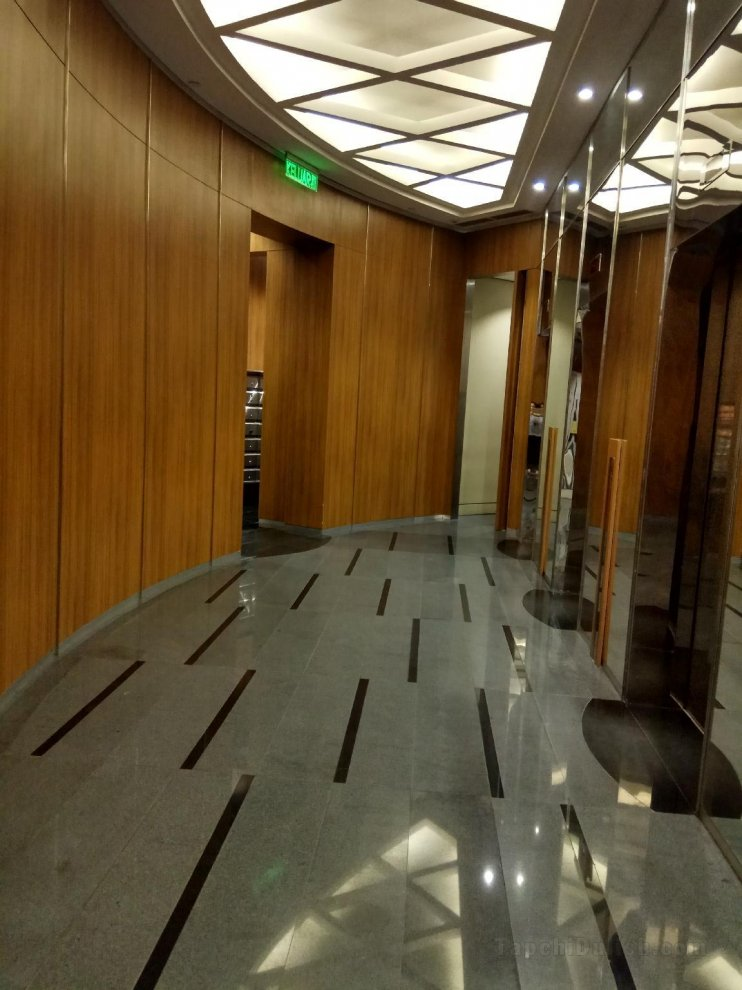 Cozy White @ Vortex KLCC