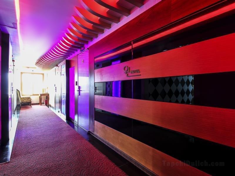 Khách sạn Andong Win