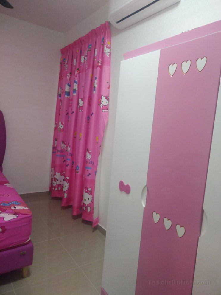 Hello Kitty Design in Bedroom2-New House