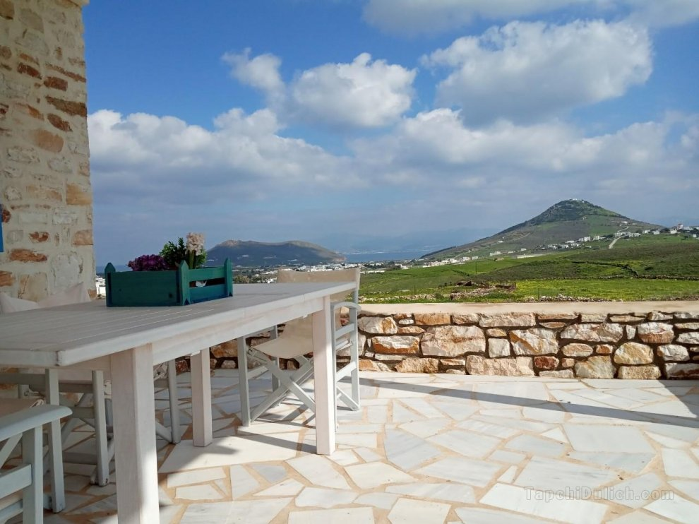 Beautiful Villa in Prodromos Stone Villa Kontiani